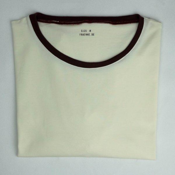 weißes bio-shirt mit braun abgesetzten kragen von fraenne